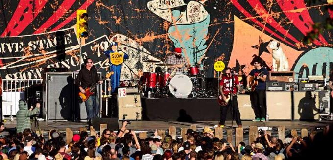 Social Distortion at FivePoint Amphitheatre